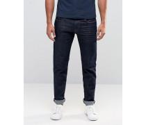 Jeans in schmaler Passform in Raw Rinse Blau