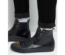 Schwarze Sneaker mit nietenbesetzter Zehenkappe Schwarz