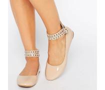 Flache Schuhe in Nude mit mehreren Knöchelriemen Beige