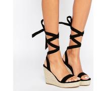 TALENT Sandalen mit Keilabsatz und Ballerinaschnürung Schwarz