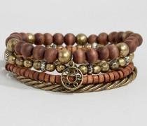 Set mit braunen Perlenarmbändern Braun