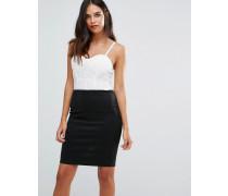 Kleid mit Spitzendetail Cremeweiß