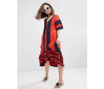 Gestreiftes Kleid mit V-Ausschnitt und Rüschensaum Mehrfarbig