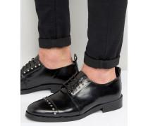 Derby-Schuhe aus schwarzem Leder mit Nieten Schwarz