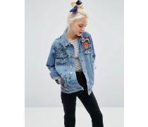 Girlfriend-Jacke aus Denim in mittlerer Illustrated-Waschung mit Flicken Blau