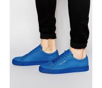 Sneakers aus Leder in Kroko-Optik Blau