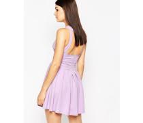 Skaterkleid mit Faltenrock und Rückenausschnitt Violett
