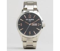 Armbanduhr in Silber/Schwarz Silber