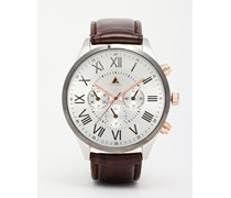 Armbanduhr mit braunem Lederriemen und Metallgehäuse Braun