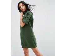 Kleid aus Neopren mit Schmürung am Ärmel Grün