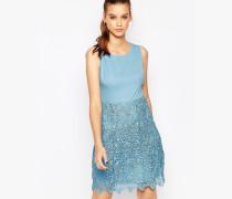 Kleid mit gehäkeltem Rock Blau