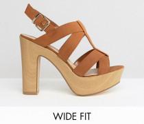 New Look Sandale mit Blockabsatz aus Holz in breiter Passform Bronze