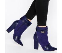 Newman Stiefel mit klobigem Absatz und überkreuzten Riemen Marineblau