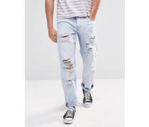 Hellblaue, gerade geschnittene Jeans mit Rissen Blau