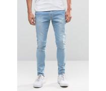 Brooklyn Supply Co Jeans mit abgeschnittenem Saum und Taschen in heller Cast-Waschung Blau