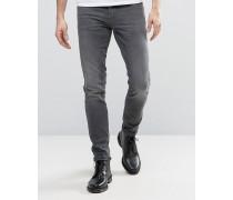 Cirrus Tiefsitzende Jeans mit engem Schnitt in Mittelblau Blau
