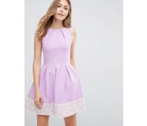 Closet Skaterkleid mit kontrastierendem Spitzensaum Violett