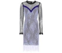 Kleid aus Spitze mit Verzierung