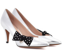 Pumps aus Metallic-Leder