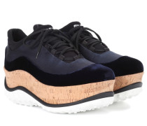 Plateau-Sneakers aus Satin und Samt