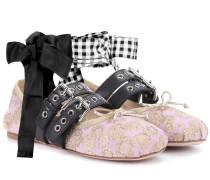Ballerinas aus Brokat