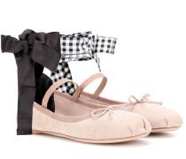 Verzierte Ballerinas aus Veloursleder
