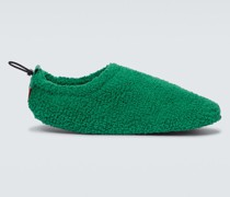 Slippers aus Frottee