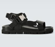 Sandalen mit Lederriemen