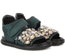 Kristallverzierte Sandalen aus Satin