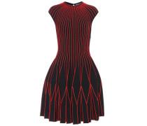 Gestricktes Kleid aus einem Wollgemisch