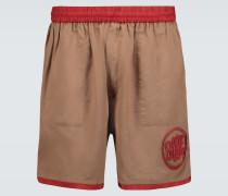 Verzierte Shorts mit Kontrastborten