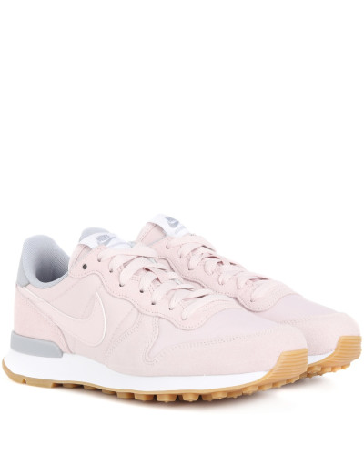 Nike Damen Sneakers Internationalist aus Veloursleder