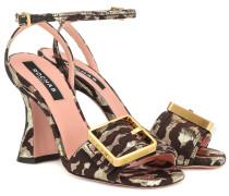 Sandalen aus Brokat