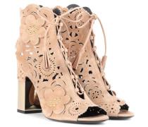 Sandaletten aus Lasercut-Veloursleder