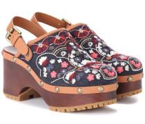 Bestickte Sandalen aus Denim