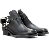 Ankle Boots aus Leder mit Cut-out