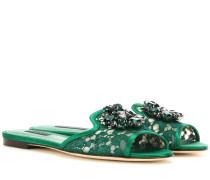Kristallverzierte Sandalen aus Spitze