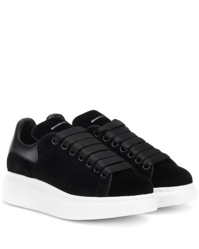 Sneakers aus Samt