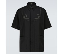 Besticktes Hemd aus Schurwolle