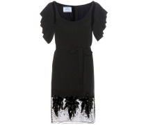Verziertes Kleid aus Crêpe