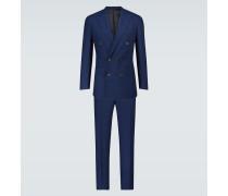 Zweireihiger Anzug aus Wolle