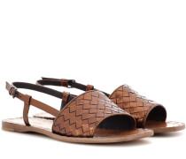 Sandalen aus Intrecciato-Leder