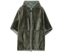 Mantel aus Fell