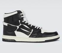 High-Top-Sneakers Skeleton