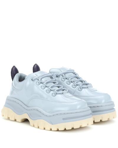 Sneakers Angel aus Lackleder