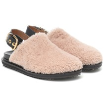 Slingback-Slippers aus Shearling