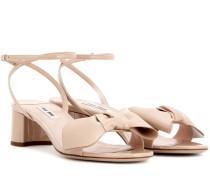 Sandaletten aus aus Lackleder