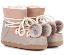 Boots Classic Pompom