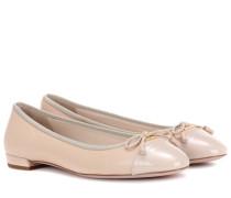 Ballerinas aus Glatt- und Lackleder