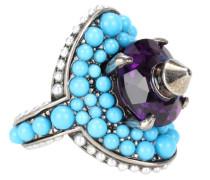 Ring mit Perlen und einem Kristallstein